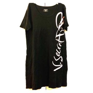 VS Black/Pink Nightgown